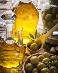 olive-oil-romm-400-slide