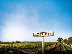 Jacob's Creek originalmente é o nome do riacho que atravessa a região.